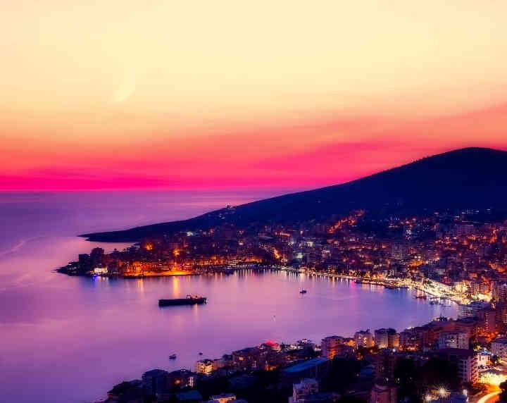 Halifax prevod na albanski i sa albanskog jezika
