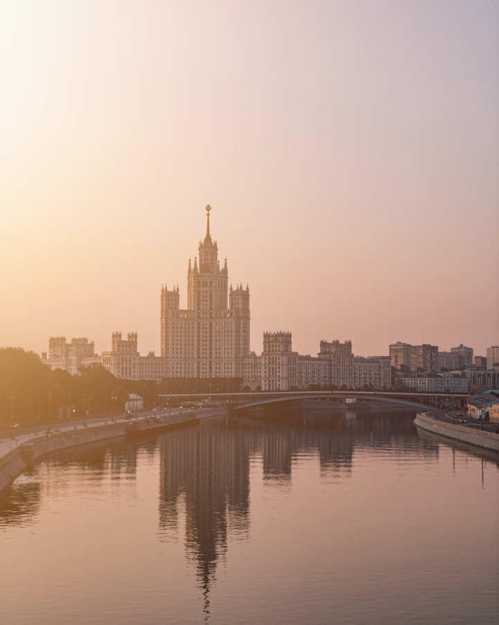 Moskva - Halifax Beograd - Profesionalni prevod sa ruskog na srpski i na ruski sa srpskog