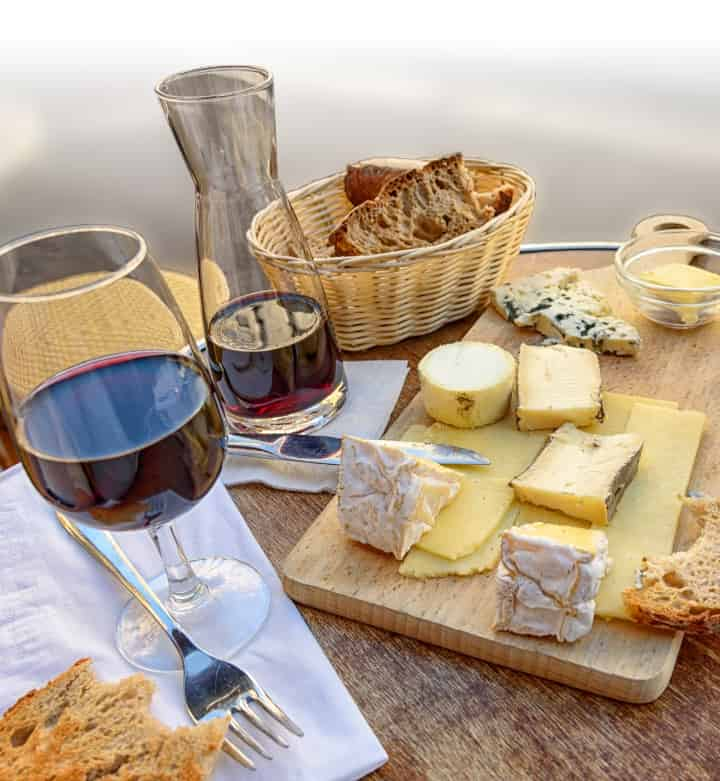 Wine and cheese: professional French translation